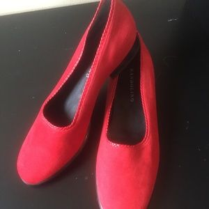 Bandolino red suede loafers like new size 8